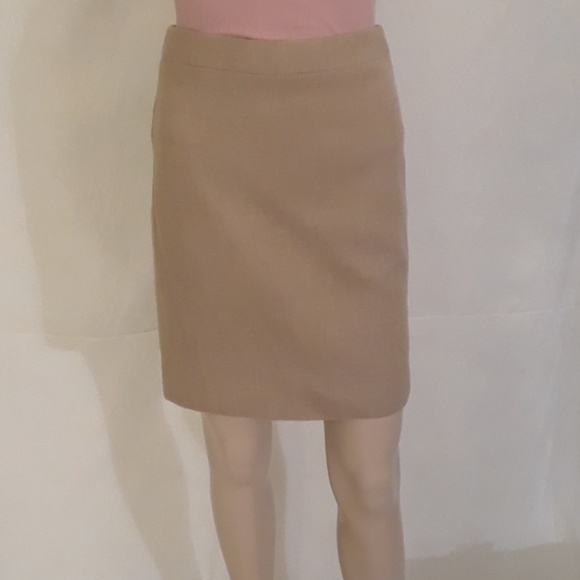 J. Crew Dresses & Skirts - J Crew Tan Pencil Skirt - Size 0P